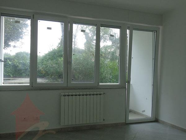 stanza-1-balcone