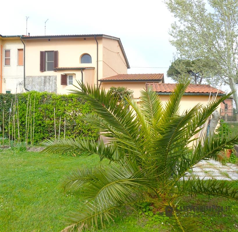 Villetta con giardino in vendita a la vettola pisa - Casa con giardino pisa ...