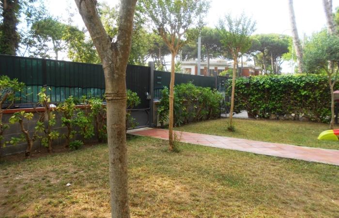 Appartamento 80 mq in affitto estivo a tirrenia pisa for Giardino 80 mq