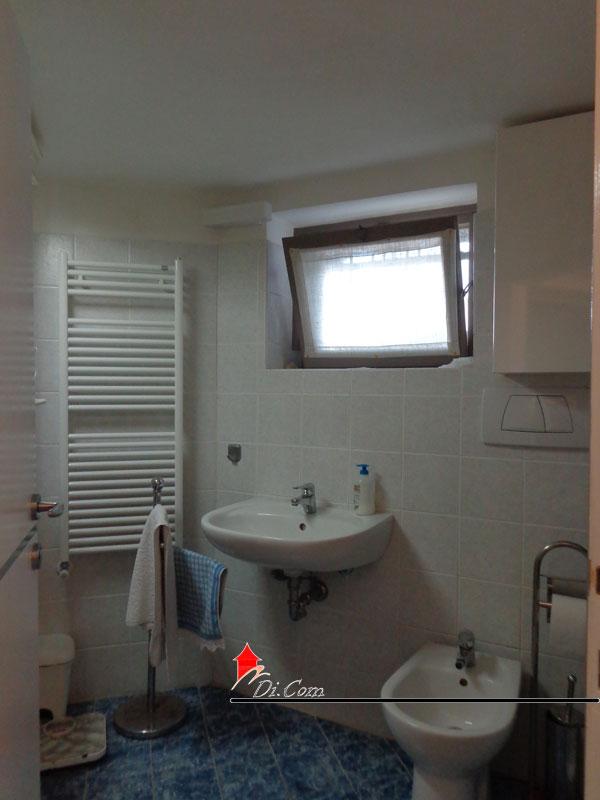 Villa 120 mq in vendita a tirrenia pisa for 2 br 2 piani casa bagno
