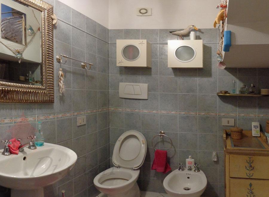 Villa 120 mq in vendita a pettori cascina pisa for Due garage di storia in vendita