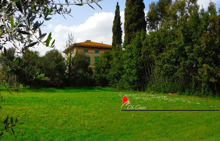 Villa liberty di 460 mq in vendita a Pisa, zona Riglione