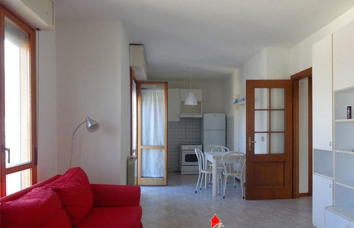 Trilocale affitto pisa confortevole soggiorno nella casa - Agenzie immobiliari putignano ...