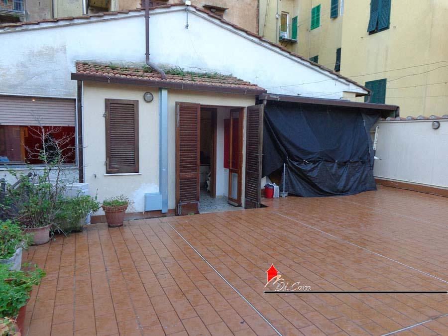 Appartamento 100mq con grande Terrazza in vendita pisa centro zona ...