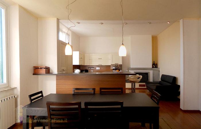 Appartamento 190 mq in vendita a Cascina, zona Cascina