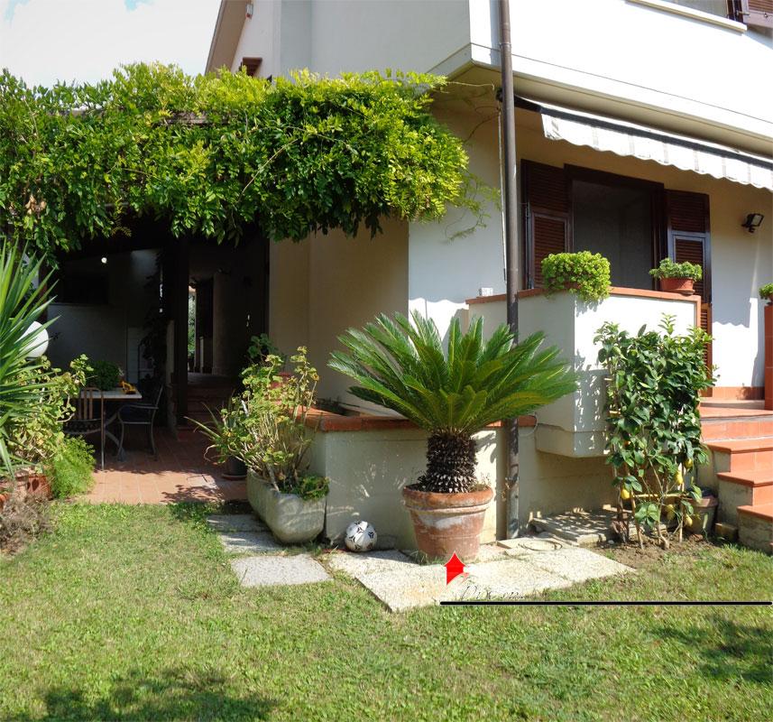 Villa in vendita a ghezzano di 185mq con giardino e garage - Giardini di villette ...