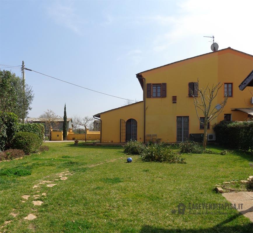 Rustico in vendita san giorgio cascina ristrutturato - Casa con giardino pisa ...