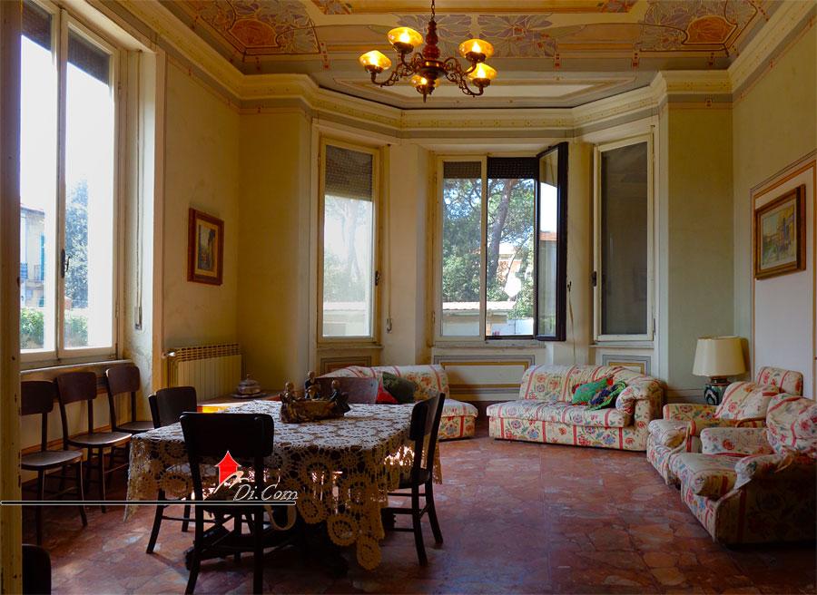 Vendita villa liberty con dependance e affreschi a marina di pisa - Casa stile liberty ...