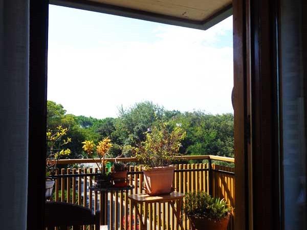 terrazza-dell'appartamento-con-vista-sul-centro-di-tirrenia