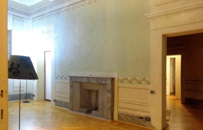 Pisa zona Santa Maria, Vendita grande appartamento ristrutturato a due passi dal Duomo
