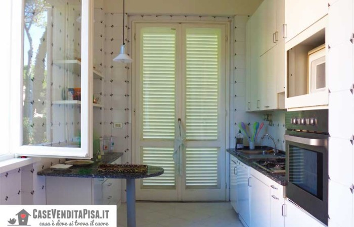 villa-cucina-semiabitabile