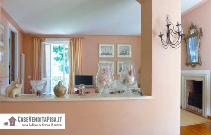 villa-tirrenia-vista-soggiorno