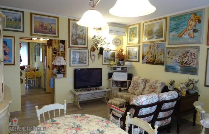 Appartamento 5 vani con giardino in vendita a Tirrenia