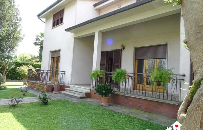 villa-in-vendita-vecchiano-avane-1