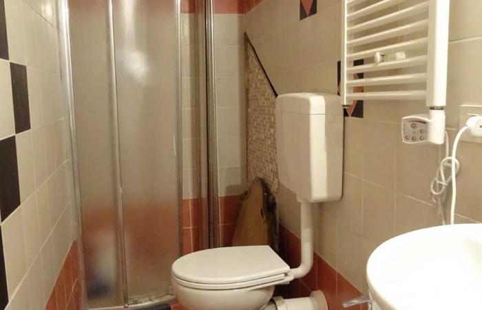 bagno-appartamento-marina