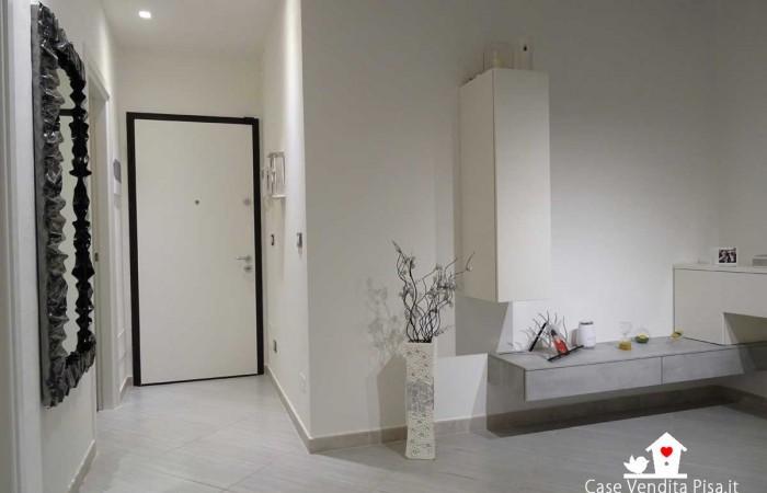 ingresso-appartamento-tirrenia-2