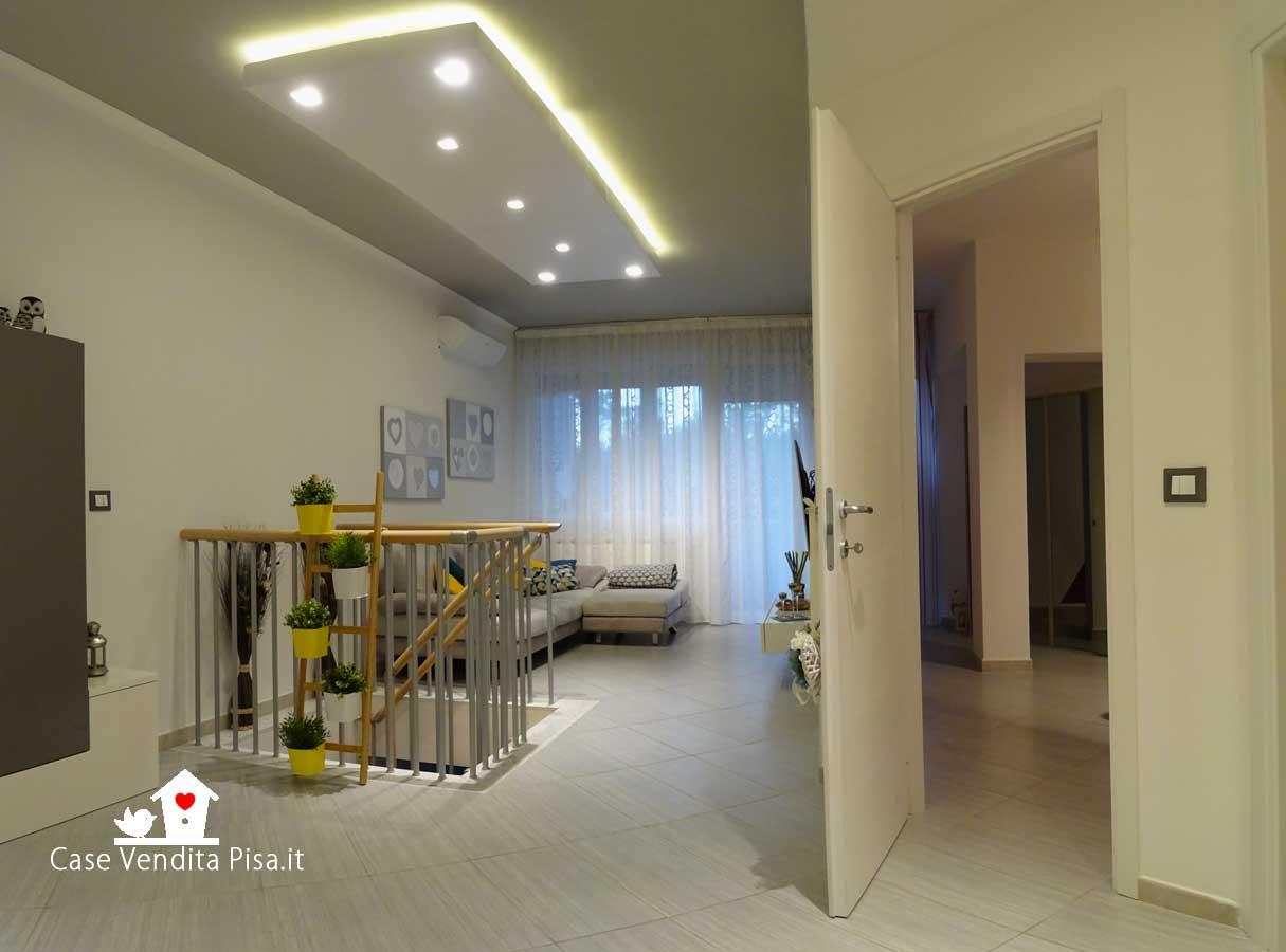 Appartamento semi nuovo in vendita Tirrenia