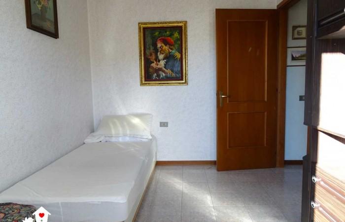 appartamento-vendita-riglione-cameretta