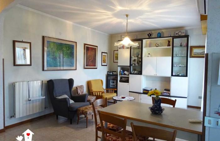 appartamento-vendita-riglione-soggiorno-3