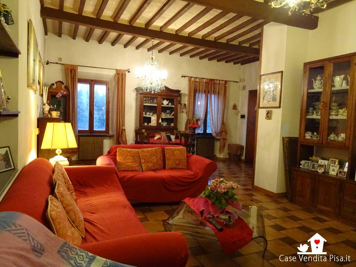 Vendita Appartamento con balcone e mansarda a Pontasserchio – Pisa