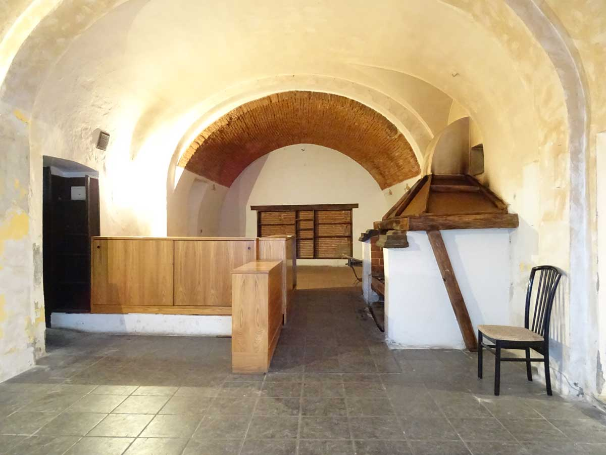 Vendita fondo commerciale adibito per ristorazione in Pisa Centro, San Martino