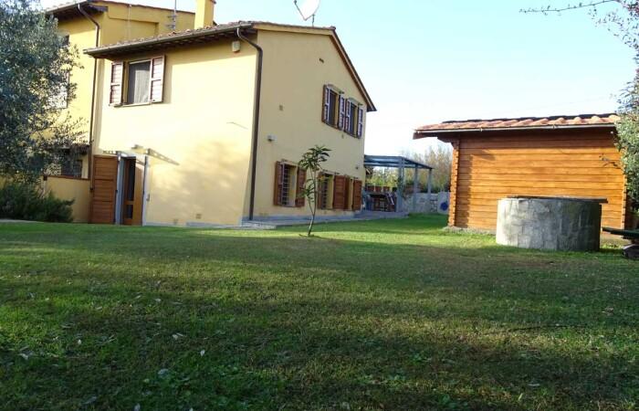 terratetto con ampio giardino vendita Pugnano san giuliano terme pisa